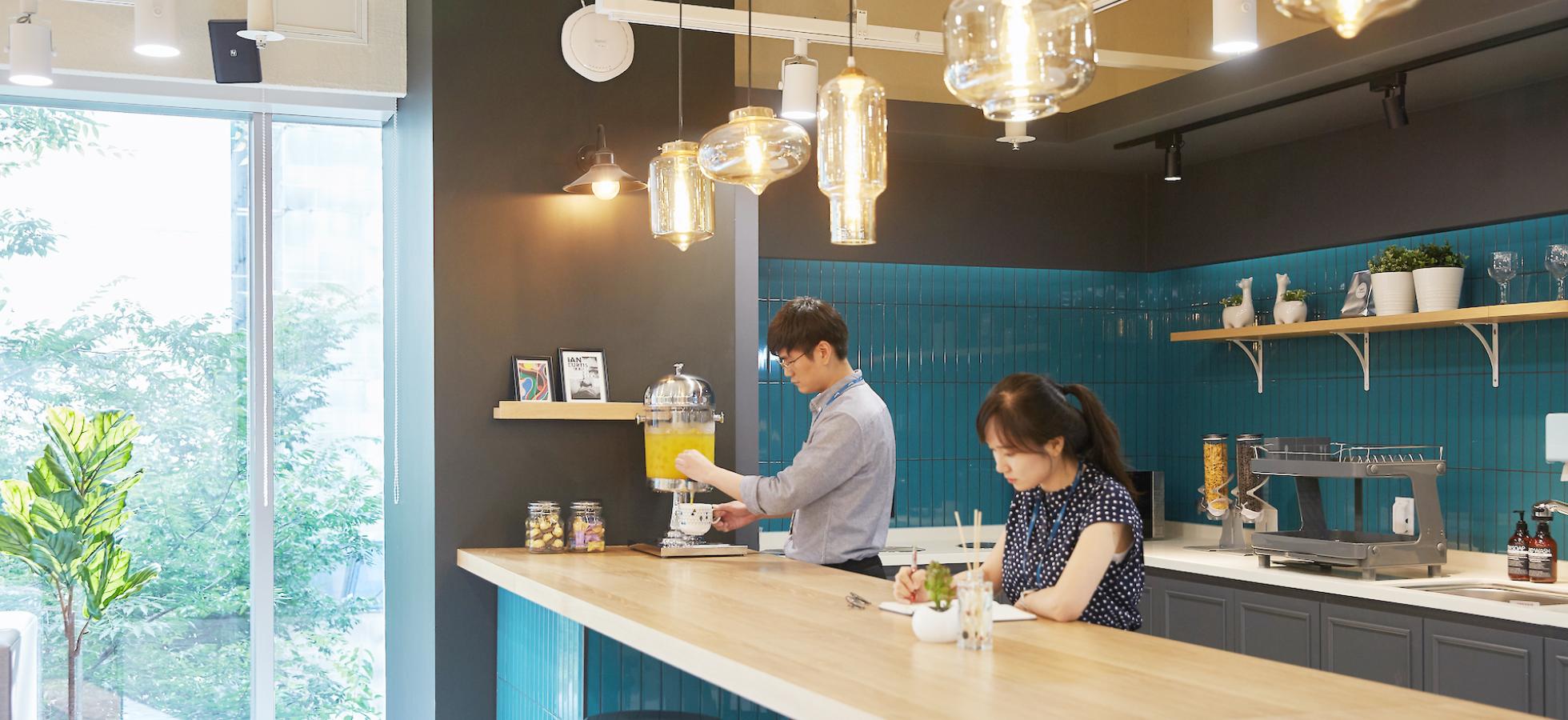 선릉점-지점상세소개-공용캔틴1@2x